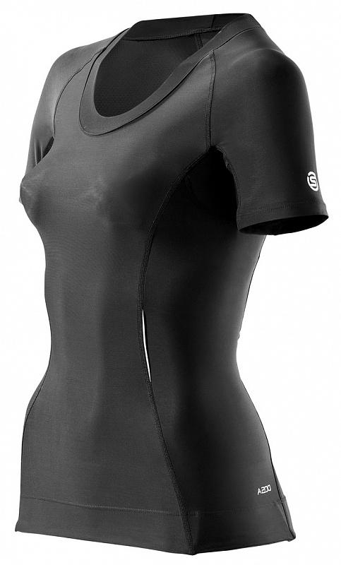 Купить Футболка беговая SKINS 2015 A200 Womens Top Short Sleeve Black/Black Одежда для бега и фитнеса 1184592