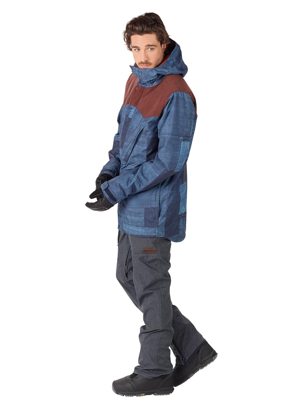 Шлем зимний Atomic 17-18 Redster Mikaela Replica