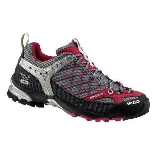 Треккинговые кроссовки Salewa Tech Approach WS FIRE TAIL black-azalea