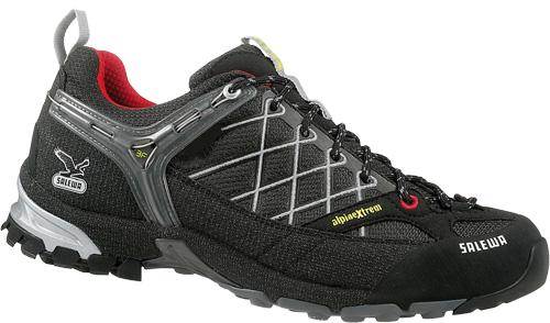 Купить Треккинговые кроссовки Salewa Tech Approach Mens MS WILD FIRE black - yellow Треккинговая обувь 896563