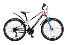 ВелосипедПодростковые (колеса 24)<br>Подростковый для мальчиков &amp;#40;9-12 лет&amp;#41; велосипед Stels Navigator 450 V 2016. Модель оснащена алюминиевой рамой. Установлены вилка SR SUNTOUR, M3020, ход 50мм, ободные механические тормоза, а также начальное оборудование. Stels Navigator 450 V 2016 – прекрасный выбор для подростка благодаря функционалу, безопасности и современному молодёжному дизайну.<br><br>Рама и амортизаторы<br><br>Рама: алюминий<br>Вилка: SR SUNTOUR, M3020, ход 50мм<br><br>Цепная передача<br><br>Манетки: SHIMANO Tourney, SL-RS36<br>Передний переключатель: SHIMANO Tourney, FD-TY10<br>Задний переключатель: SHIMANO Tourney, RD-TX35<br>Каретка: VP, сталь<br>Количество скоростей: 18<br>Педали: пластик<br><br>Колеса<br><br>Обода: алюминий, двойные<br>Bтулка: KT, сталь<br>Покрышка: CHAO YANG, 24x1.95<br><br>Компоненты<br><br>Передний тормоз: PROMAX, V-типа<br>Задний тормоз: PROMAX, V-типа<br>Рулевая колонка: VP, сталь<br>Седло: Cionlli<br><br>Пол: Унисекс<br>Возраст: Юниорский
