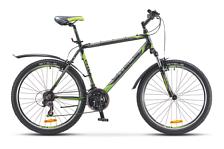 ВелосипедКолеса 26 (стандарт)<br>Горный начальный велосипед Stels Navigator 610 V 2016. Установлены вилка XCT, SR SUNTOUR, ход 80мм, а также начальное оборудование. Stels Navigator 610 V 2016 прекрасно подойдёт для катания как в городе, так и по пересечённой местности.<br><br>Рама и амортизаторы<br><br>Рама: алюминий<br>Вилка: XCT, SR SUNTOUR, ход 80мм<br><br>Цепная передача<br><br>Манетки: ST-EF51, SHIMANO<br>Передний переключатель: FD-TZ31, SHIMANO Tourney<br>Задний переключатель: RD-TX35, SHIMANO Tourney<br>Шатуны: PROWHEEL, алюминий, 28/38/48 зуб.<br>Каретка: сталь<br>Количество скоростей: 21<br>Педали: WELLGO, пластик<br><br>Колеса<br><br>Обода: алюминий, двойные<br>Bтулка: KT, алюминий<br>Покрышка: H-5119, CHAOYANG, 26x2.0 30 TPI<br><br>Компоненты<br><br>Передний тормоз: POWER, V-brake<br>Задний тормоз: POWER, V-brake<br>Рулевая колонка: сталь<br>Седло: Cionlli<br><br>Пол: Унисекс<br>Возраст: Взрослый