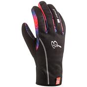 Перчатки беговыеПерчатки, варежки<br>Теплые перчатки выполнены в приятных тонах, подкладка по всей длине. Синтетический материал на ладони, в верхней части ветроустойчивый материал. Манжеты изготовлены из материала неопрен.<br><br>Состав:<br>92% PES, 8% EL /<br>81% PES, 19% EL / <br>55% PA, 45% PU<br><br>Пол: Унисекс<br>Возраст: Взрослый<br>Вид: перчатки