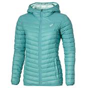 Куртка беговаяОдежда для активного отдыха<br>Стильная стеганая женская куртка на искусственном утеплителе с капюшоном подойдет для прохладной погоды на весенне-осенний сезон. Благодаря свойствам материалов куртка обеспечивает защиту от холода и ветра. Низ рукавов, низ куртки и край капюшона обработаны эластичным материалом. Куртка имеет удобные боковые карманы на молнии для хранения мелких предметов.<br><br>Материал: 100% нейлон