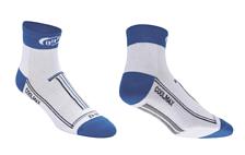 НоскиНоски<br>Высокотехнологичные велоноски<br>Эластичная средняя часть для идеального плотного облегания. На сгибах не образуется складок.<br>Мелкоячеистая структура полотна для испарения влаги.<br>Усиленная область носка и пятки.<br>Короткий носок, высота - 70 мм.Материал: CoolMax, известный своими отличными дышащими свойствами; и LycraSport - эластичная и очень комфортная, обеспечивающая полную свободу движений и отлично сохраняет форму.<br><br>Пол: Унисекс<br>Возраст: Взрослый<br>Назначение: велосипедные