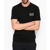 Футболка для активного отдыхаОдежда для активного отдыха<br>Представленная модель будет удачным приобретением или презентом родным. Данная футболка EA7 отлично дополнит ваш любимый «лук» и выставит вас в выгодном свете и в офисе и в магазине. Продукт произведен из качественных материалов приятной палитры. Внешний вид футболки основательно проработан. Все части аккуратно выбраны и удачно дополняют друг друга.<br><br>Бренд: Италия<br>Производство: Камбоджа<br>Материал: 100% хлопок<br>Декоративная отделка: принт <br>Рекомендации по уходу: стирать при температуре до 30°, гладить при температуре до 110°