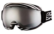 Очки горнолыжныеОчки горнолыжные<br>Маска идеально подходит как для лыжников, так для сноубордистов. <br>Доступны в XS и XL версиях. Совместима со шлемами.<br>Линза с защитой от царапин.