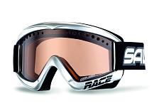 Очки горнолыжныеОчки горнолыжные<br><br>Продуманные до мелочей с точки зрения как дизайна, так и характеристик. Форма подходит для большинства лиц. Предлагается оправа маска на очки. Линзы могут быть: двойные вентилируемые, фотохромные линзы, поляризованные линзы, линзы с зеркальным напылением. <br>Особенности: <br>- маска на очки <br>- двойной фильтр <br>- зеркальное покрытие<br><br><br><br>Пол: Унисекс<br>Возраст: Взрослый
