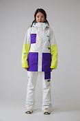 Куртка сноубордическаяОдежда сноубордическая<br>-Регулируемая вентиляция в подмышечной области-Снегозащитная юбка-Карман для ски-пасса на рукаве-Внутренний карман для маски, карман для плеера или телефона-Снегозащитные манжеты-Проклеенные в критических местах швы-Утяжка капюшонаПаропроницаемость мембраны: 20000 g/m2 / 24 hВодонепроницаемость мембраны: 15000 mm<br>Состав: 100% полиэстер<br><br>Пол: Женский<br>Возраст: Взрослый<br>Вид: куртка