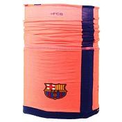 БанданаАксессуары Buff ®<br>Бандана-шарф из серииFC Barcelona. 2-слойная конструкция: микрофибра и Polartec Classic, сшитые вместе. Легко растягивается, плотно сидит на голове и защищает Вас от солнца, холода, дождя, ветра и снега. Для детей 4-12 лет &amp;#40;обхват головы 50-55 см&amp;#41;.Вес: 58г Материал: 100% полиэстерТехнология Polygiene для сохранения свежести, даже когда вы вспотеете. Ручная или машинная стирка при температуре не более 40гр. Не гладить.