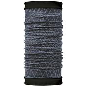 БанданаАксессуары Buff ®<br>Самым теплым шарфом в виде трубы является именно эта серия Buff Reversible. Бандана-шарф изготовлена в виде трубы высотой 50 см. Снаружи усилена эластичной тканью из полиэстера, на который нанесен красочный узор, а внутри по всей поверхности утеплена мягким и теплым флисом. Такую бандану-трубу можно использовать в качестве шарфа, маски на лицо и даже шапки. Подходит для средней и низкой активности или для занятий спортом в холодное время года, особенно если эти занятия связаны с периодами отдыха. Например, при катании на сноуборде, горных лыжах или просто прогулках в сильный мороз.