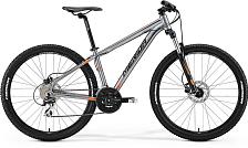 ВелосипедКолеса 27,5<br>Merida Big.Seven 20-D 2017 — горный велосипед нового поколения. Эта модель отличается повышенной стойкостью к внешним факторам, поэтому экстремальные маневры с ней — само удовольствие. Вы оцените прочность и легкость рамы Big.Seven Speed, износостойкие колеса 27,5 дюймов и дисковые гидравлические тормоза, которые отменно реагируют на управление при любой погоде. Качественная амортизация с вилкой SR 27 XCM HLO 100 — залог вашего комфорта во время езды, которые также повышает удобное расположение седла и руля.<br><br>Технические характеристики:<br><br>Рама: Merida BIG.Seven TFS, запатентованный алюминиевый сплав<br>Вилка: SR Suntour 27,5 XCM HLO, ход 100мм, гидравлический демпфер<br>Тормоза: Tektro MA, дисковые, гидравлические, роторы 160мм/160мм<br>Манетки: Shimano Altus rapidfire, 3x8<br>Передний переключатель: Shimano TY-42<br>Задний переключатель: Shimano Acera-X, 8 передач<br>Кассета: Sunrace CS8 11-32Т<br>Цепь: KMC M8<br>Шатуны: Shimano TY-301 42-34-24 CG<br>Обода: MERIDA Big Seven D, двойные &amp;#43;<br>Покрышки: Merida 27,5х2.2<br>Втулки: Merida, алюминиевый корпус<br>Рулевая колонка: EGG Steel-B<br>Руль: MERIDA comp OS 690 R15, ширина 690мм<br>Вынос руля: MERIDA Comp OS 6<br>Подседельный штырь: MERIDA comp SB0, 27.2мм<br>Седло: MERIDA Sport<br>Педали: XC pro alloy