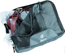 Упаковочный мешокАксессуары<br>Эта серия сумок на молнии четырёх разных размеров, четырёх оттенков серого цвета, обеспечит порядок в хранении одежды и дорожных принадлежностей. Сложенные рубашки сохраняют свою форму, носки легко найти в вашем багаже.<br><br>Особенности: <br>- молния с 3 сторон; <br>- сетчатый верх обеспечивает хорошую вентиляцию; <br>- нейлоновое водоотталкивающее непачкающееся дно; <br>- ручка для переноски.<br><br>Вес, гр: 110<br>Размеры, см: 35 x 42 x 6 &amp;#40;H x W x D&amp;#41;<br>Объем, л: 14