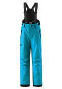 Брюки горнолыжныеОдежда детская<br>Функциональные лыжные брюки для подростков<br> <br> -швы проклеены и не пропускают влагу<br> -прочные усиленные вставки внизу брючин<br> -Водо- и ветронепроницаемый, дышащий и грязеотталкивающий материал<br> -Прямой крой<br> -Гладкая подкладка из полиэстра<br> -Регулируемый обхват талии<br> -Снегозащитные манжеты на штанинах<br> -Новая усовершенствованная молния&amp;nbsp;<br> -Карманы на молнии<br> -Регулируемые и отстегивающиеся эластичные подтяжки<br> -100% полиэстер, полиуретановое покрытие&amp;nbsp;