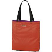 СумкаСумки для города<br>Складная хозяйственная сумка <br><br>- Внутренний карман на молнии <br><br>Характеристика <br>Объем: 18 л <br>Размер: 38 x 36 x 10 см<br>Длина ремня: 27 см<br>Потайная сумочка:&amp;nbsp;&amp;nbsp;13 x 6 x 6 см<br>Состав Нейлон 210D