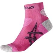 НоскиНоски<br>Спортивные беговые носки Asics.&amp;nbsp;<br> <br> - 53% полиамид / 45% полипропилен / 2% спандекс&amp;nbsp;<br> - Быстросохнущий материал с влаговыводящими свойствами<br> - поддержка стопы