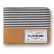 КошелекКошельки<br>Этот замечательный кошелек Dakine станет отличным подарком для всех поклонников продукции компании. Красивый и функциональный аксессуар, который подчеркнет Вашу принадлежность к молодежной культуре.<br><br>Особенности:<br><br>- Карман на молнии для мелочи<br>- Отделения для кредитных карт<br>- Отделение для мелочи<br><br>Характеристики: <br><br>Материал: 100% полиэстер.