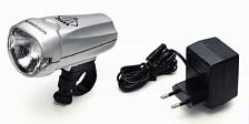 ФонарьФары и фонари<br>Криптоновая лампа обеспечивает превосходное освещение.<br>Легко-доступная кнопка на корпусе вкл.выкл.<br>Влагостойкий противоударный корпус пригоден для использования в экстремальных условиях, при любой погоде.<br>Легкая установка и коррекция фары.<br>Ударопрочная линза из поликарбоната.<br>Батареи просты в установке.<br>Аккумуляторы Nickel Metal Hydride и сетевой адаптер входят в комплект.
