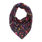 ШарфАксессуары Buff ®<br>Квадратный шарф 67x67см. Сочетание хлопка и шелка делают эту модель удобной и легкой. Его цветочный принт идеально подойдет для весны и лета.