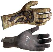 Перчатки рыболовныеПерчатки, варежки<br>Технологичные рыболовные перчатки.<br>Полностью с закрытыми пальцами.<br>Выполнены из стрейтчевой ткани, комфортно облегающей кисть руки.<br>Ладонь перчатки покрыта селиконовым принтом.<br>Фактор защиты от солнца UPF 50&amp;#43;.<br>Удлиненная манжета.<br>Состав: 95% нейлон, 5% лайкра; принт на ладони: 100% силикон, трикотаж<br>