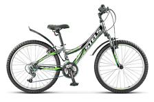 ВелосипедПодростковые (колеса 24)<br>Подростковый для девочек &amp;#40;9-12 лет&amp;#41; велосипед Stels Navigator 440 V 2016. Велосипед оснащён алюминиевой рамой. Установлены вилка SR SUNTOUR, XCT, ход 50мм, ободные механические тормоза, а также начальное оборудование. Stels Navigator 440 V 2016 – прекрасный выбор для подростка благодаря функционалу, безопасности и современному молодёжному дизайну.<br><br>Рама и амортизаторы<br><br>Рама: алюминий<br>Вилка: SR SUNTOUR, XCT, ход 50мм<br><br>Цепная передача<br><br>Манетки: SHIMANO Tourney, SL-RS36<br>Передний переключатель: SHIMANO Tourney, FD-TY10<br>Задний переключатель: SHIMANO Tourney, RD-TX35<br>Каретка: сталь<br>Количество скоростей: 18<br>Педали: пластик<br><br>Колеса<br><br>Обода: алюминий, двойные<br>Bтулка: KT, сталь<br>Покрышка: CHAO YANG, 24x2.1<br><br>Компоненты<br><br>Передний тормоз: POWER, V-типа<br>Задний тормоз: POWER, V-типа<br>Рулевая колонка: сталь<br>Седло: Cionlli<br><br>Пол: Унисекс<br>Возраст: Юниорский