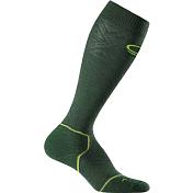 НоскиНоски<br>Носки мужские Icebreaker Ski&amp;#43; Mid OTC – технологичные лыжные носки с большим содержанием шерсти. Шерсть мериносов не вызывает зуд, хорошо отводит влагу, регулирует температуру и обладает антибактериальными свойствами, препятствующими возникновению запаха, препятствует появлению мозолей. Носки с хорошей амортизацией, поддержкой ахилла, с усилениями в области пятки и носка.<br><br>• Состав: 65% мериносовая шерсть, 32% нейлон, 3% лайкра.<br>• Плоский шов в области мыска исключает натирание.<br>• Эластичная поддержка свода стопы.<br>• Усиленная пяточная область обеспечивает амортизацию, дополнительный комфорт и износостойкость.